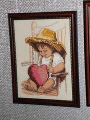 Мальчик с сердечком