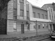 Продам отдельно стоящее трёхэтажное здание г. Самара по ул. Максима Го